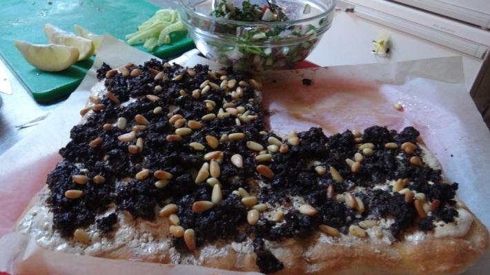 Lahmacun Pizza
