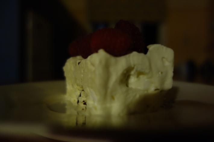 Nigella's Meringue Gelato Cake I